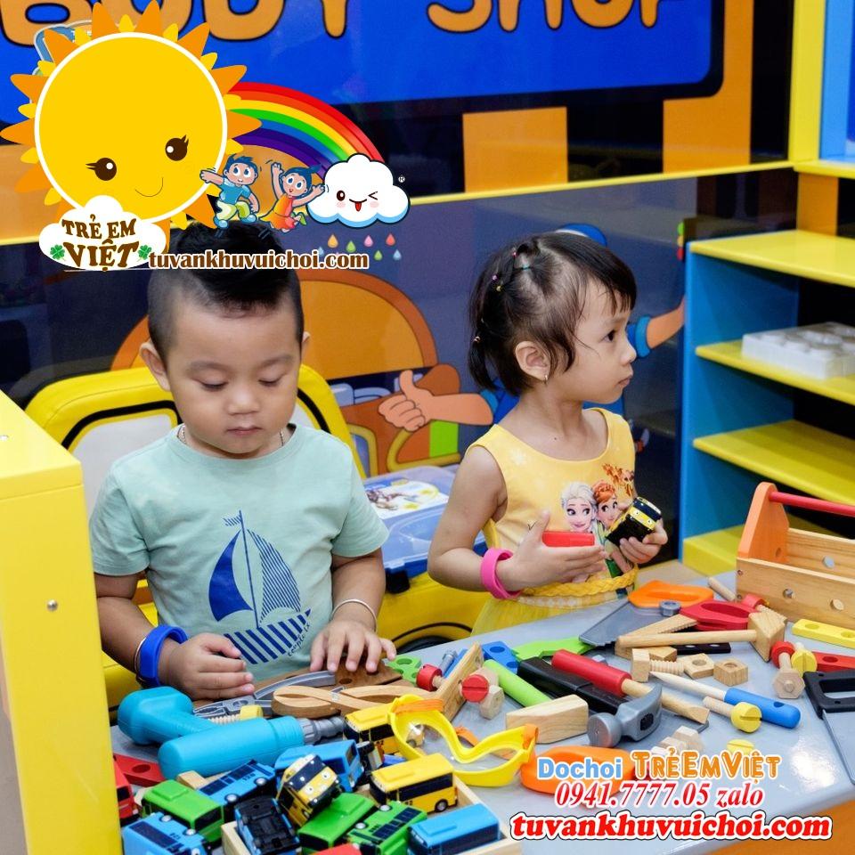 trò chơi lego trong khu vui chơi trẻ em.