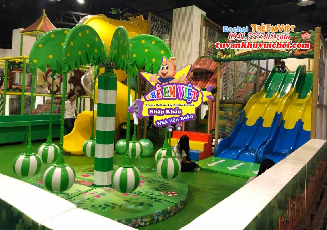 Hình ảnh thực tế cây đu quay cây dừa ở công trình khu vui chơi trẻ em.