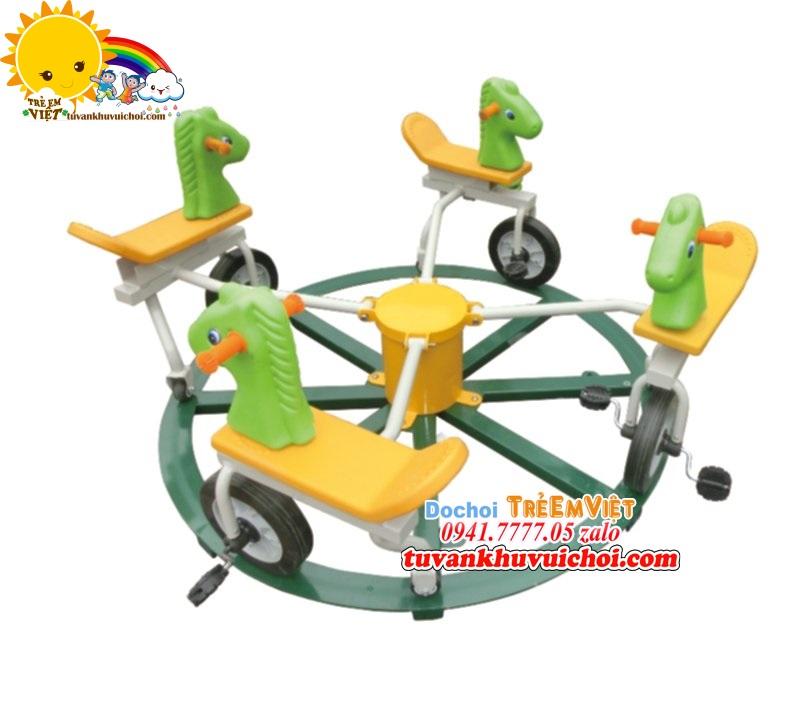 Mâm xoay xe đạp 4 chỗ ngồi hình con ngựa màu xanh lá.