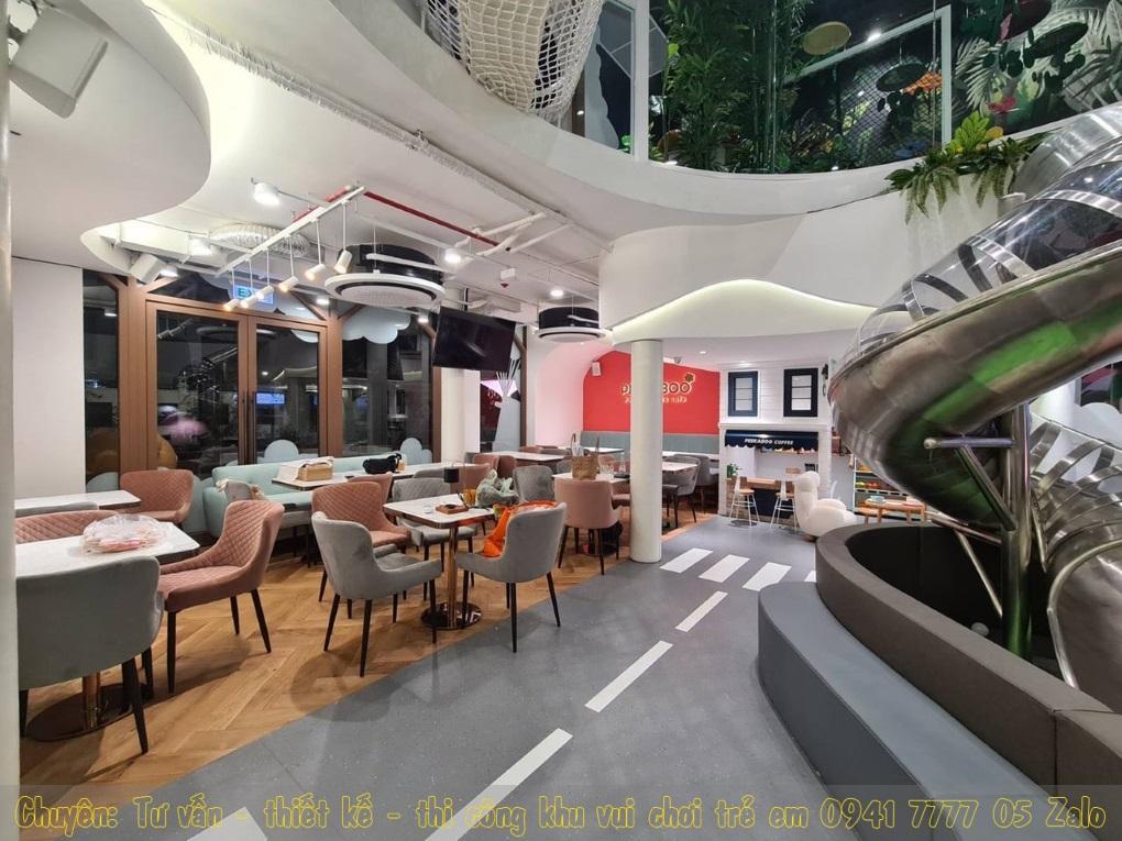 Chi nhánh 2: Peekaboo Premium Kids Café