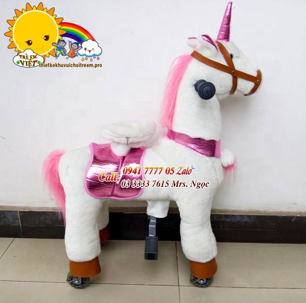 ngựa thánh giống màu hồng trắng